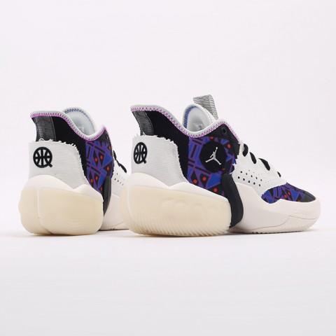 мужские разноцветные  кроссовки jordan react elevation q54 CZ4156-100 - цена, описание, фото 3