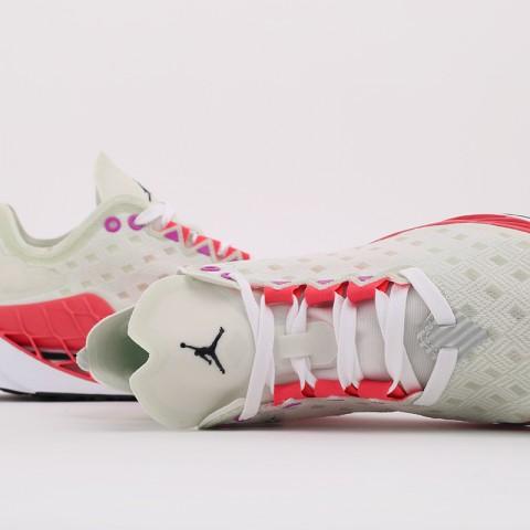 мужские бежевые  кроссовки jordan zoom trunner ultimate DA2283-102 - цена, описание, фото 3