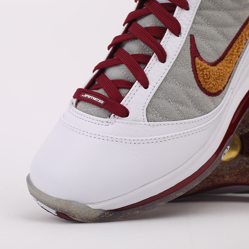 белые, бордовые  кроссовки nike lebron vii qs CZ8915-100 - цена, описание, фото 9