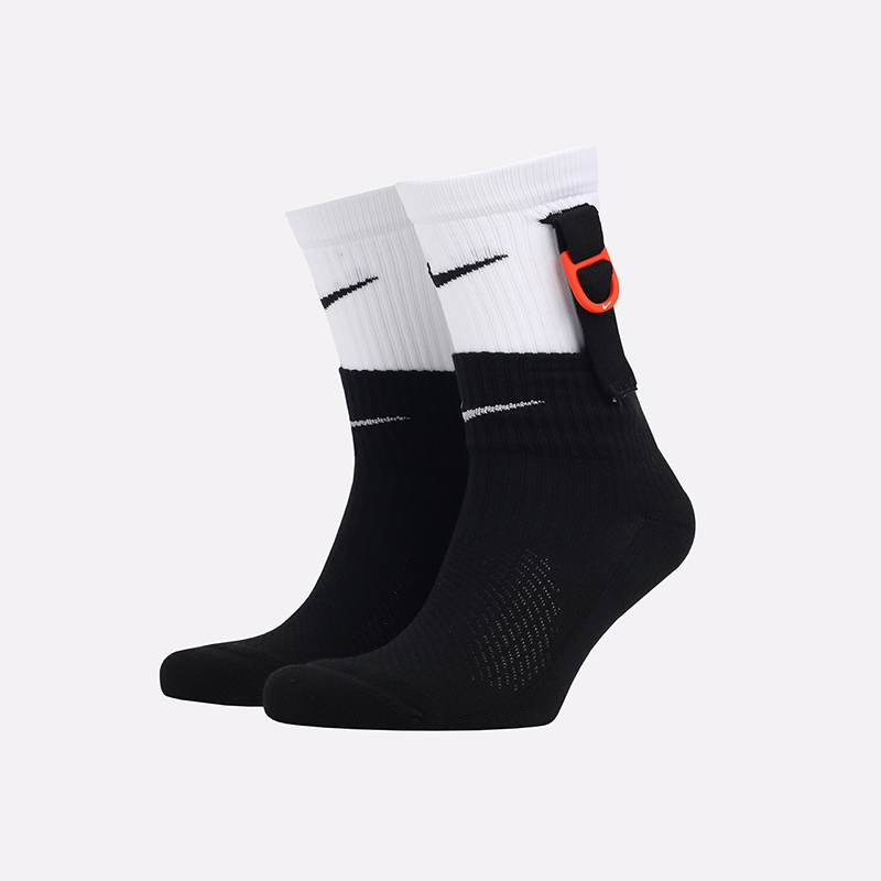 мужские черные, белые  носки nike snkr sox SK0099-100 - цена, описание, фото 1