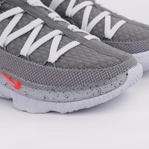 серые  кроссовки nike lebron xvii low CD5007-004 - цена, описание, фото 4