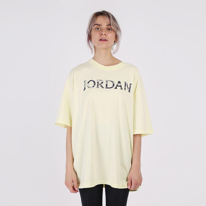 женскую желтую  футболка jordan utility t-shirt CV7443-877 - цена, описание, фото 1