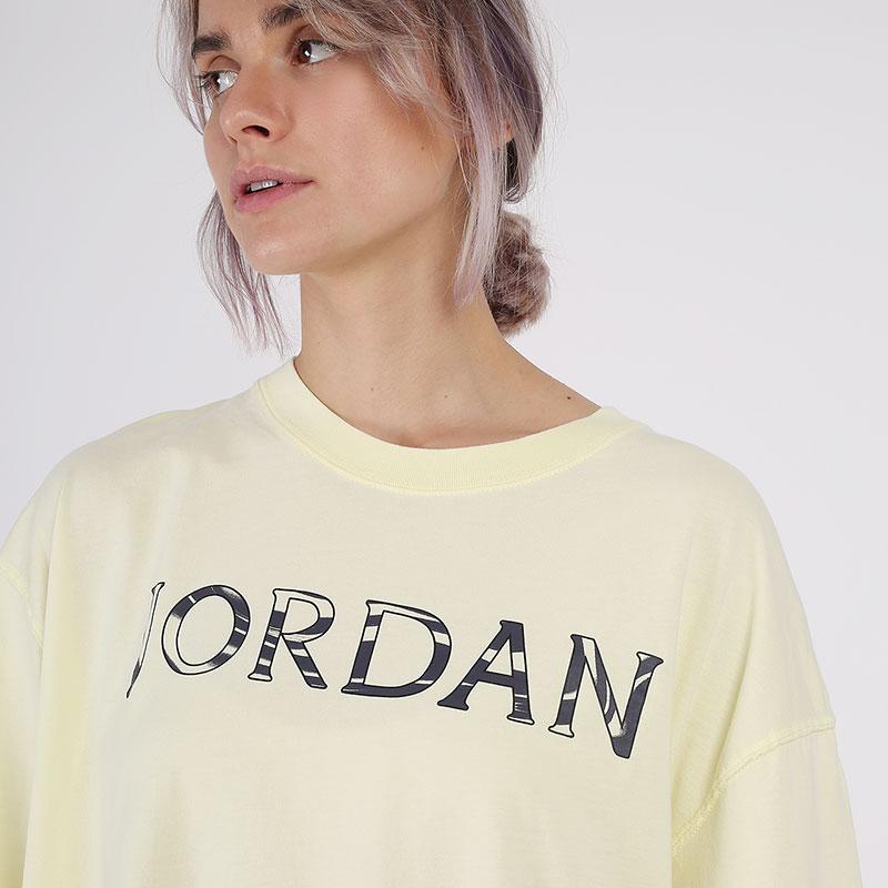 женскую желтую  футболка jordan utility t-shirt CV7443-877 - цена, описание, фото 3
