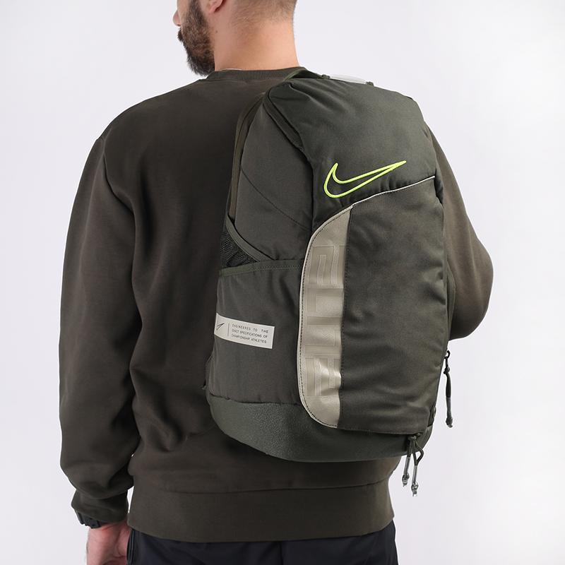 зелёный  рюкзак nike elite pro CK4237-325 - цена, описание, фото 1