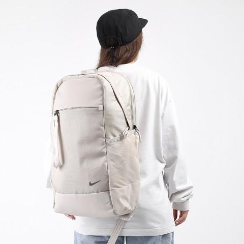 бежевый  рюкзак nike essentials backpack BA6143-104 - цена, описание, фото 1