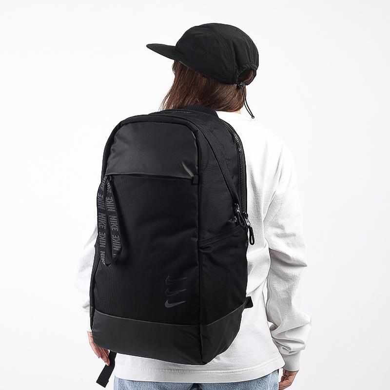 черный  рюкзак nike essentials backpack BA6143-011 - цена, описание, фото 1