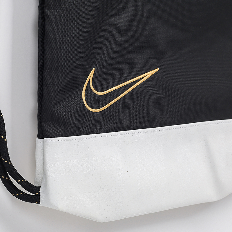черный  рюкзак nike elite basketball gym sack 17l BA6162-011 - цена, описание, фото 2