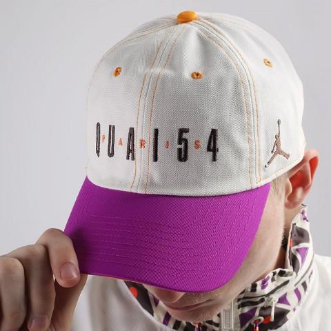 бежевую  кепка jordan h86 quai 54 DA2049-133 - цена, описание, фото 1