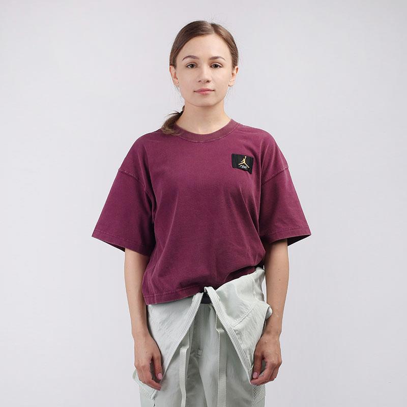 женскую бордовую  футболка jordan essentials short-sleeve boxy CZ4139-610 - цена, описание, фото 1