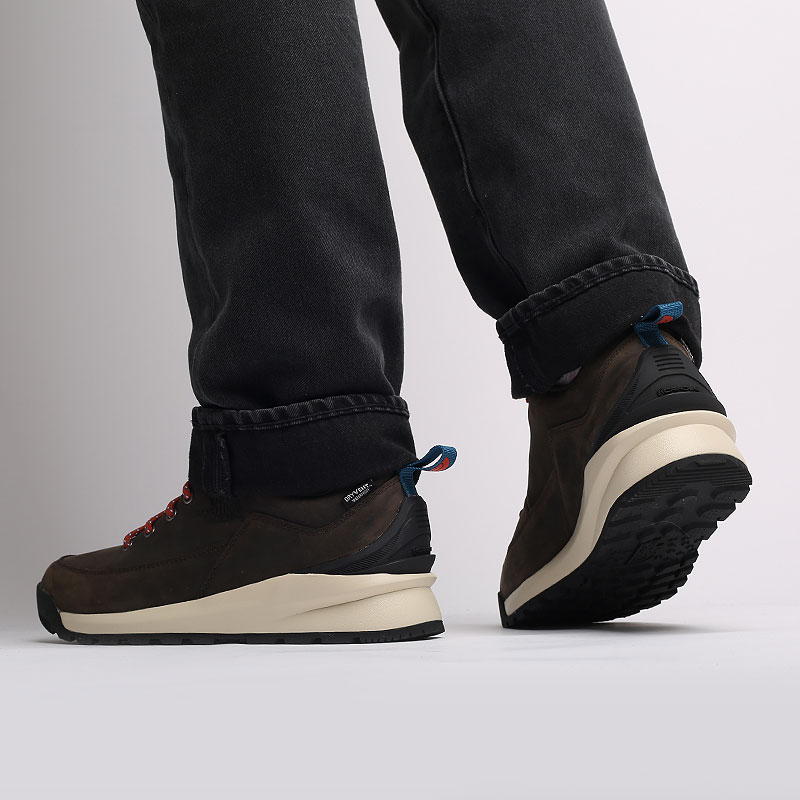 мужские коричневые  ботинки the north face back-to-berkeley low wp TA4OBSU6V - цена, описание, фото 9