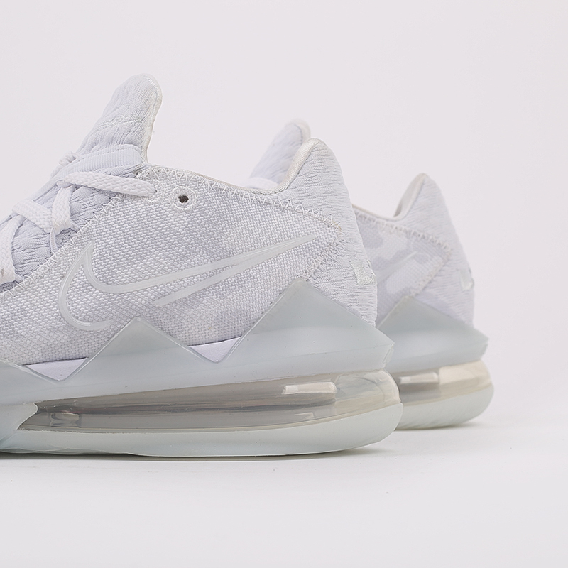 белые  кроссовки nike lebron xvii low CD5007-103 - цена, описание, фото 5