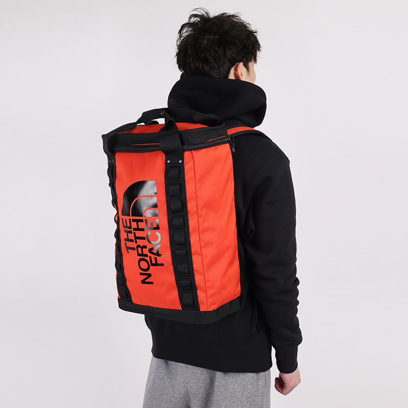 красный  рюкзак the north face nse fusebox l 26l TA4SITSH9 - цена, описание, фото 1