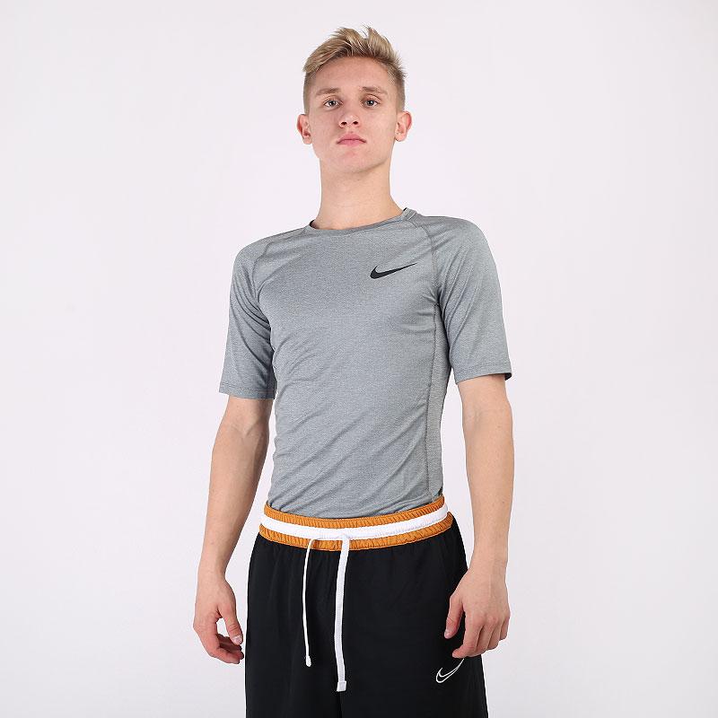мужскую серую  футболка nike pro tight-fit short-sleeve top BV5631-085 - цена, описание, фото 1