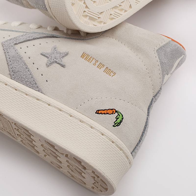 бежевые  кеды converse pro leather high top x bugs bunny 169223 - цена, описание, фото 9