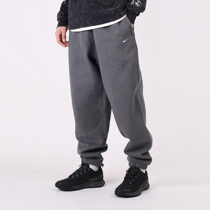 мужские серые  брюки nike nikelab washed trousers CZ5365-071 - цена, описание, фото 1