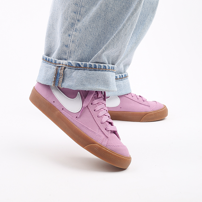 женские розовые  кроссовки nike wmns blazer mid '77 suede DB5461-600 - цена, описание, фото 10