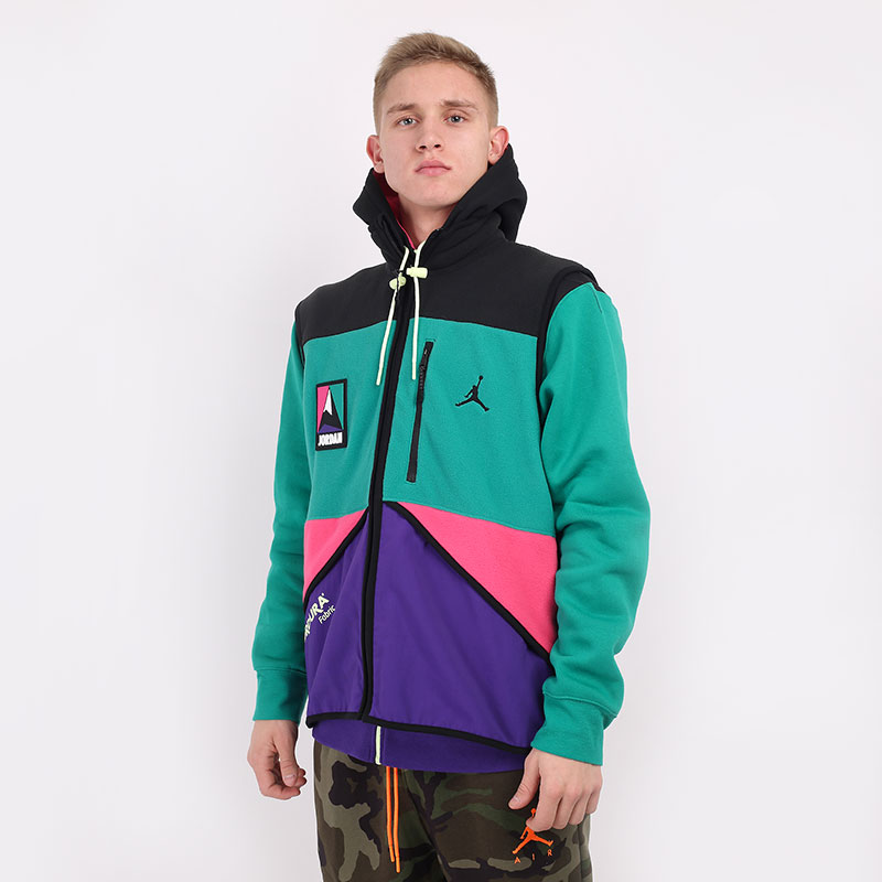 мужской разноцветный  жилет jordan jordan mountainside vest CU8131-010 - цена, описание, фото 1