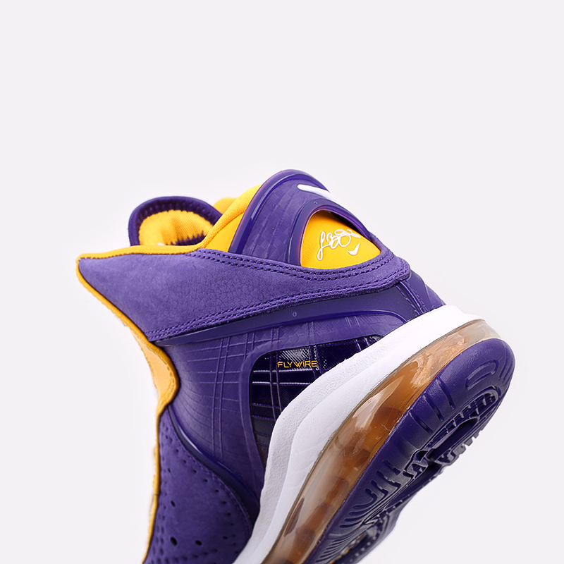 мужские фиолетовые, жёлтые  кроссовки nike lebron viii qs DC8380-500 - цена, описание, фото 7