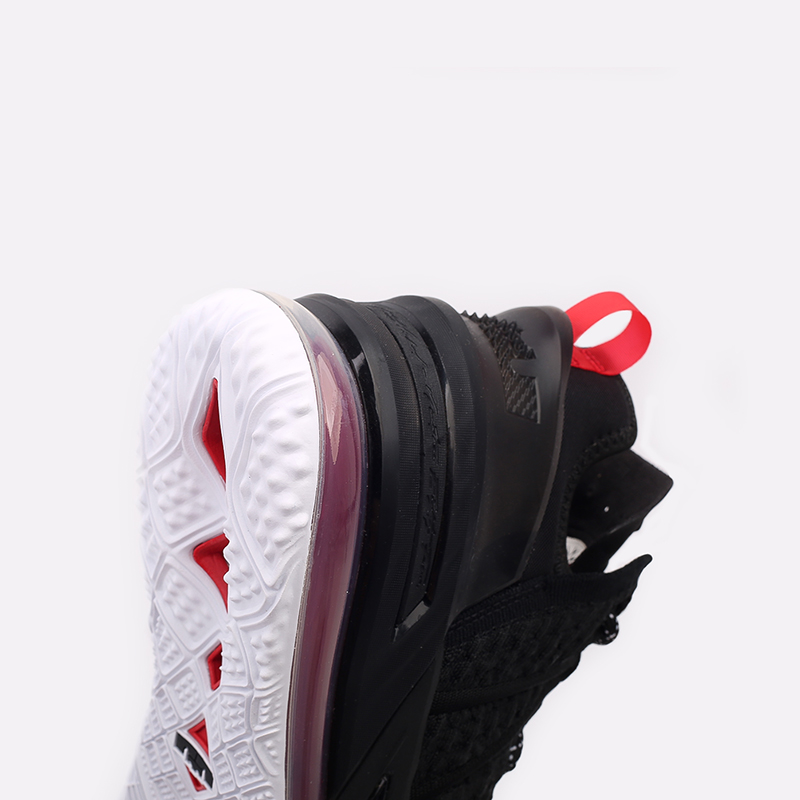 мужские чёрные  кроссовки nike lebron xviii CQ9283-001 - цена, описание, фото 5