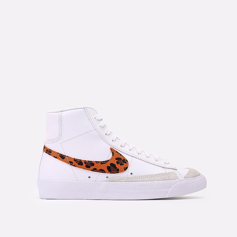 женские белые  кроссовки nike wmns blazer mid '77 se  DA8736-101 - цена, описание, фото 1