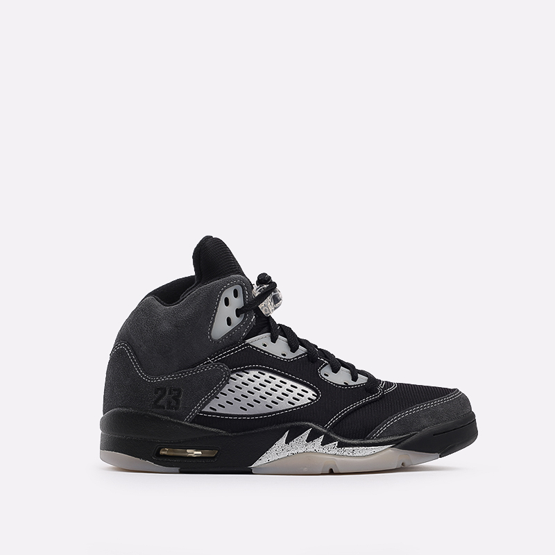 мужские чёрные  кроссовки jordan 5 retro DB0731-001 - цена, описание, фото 1