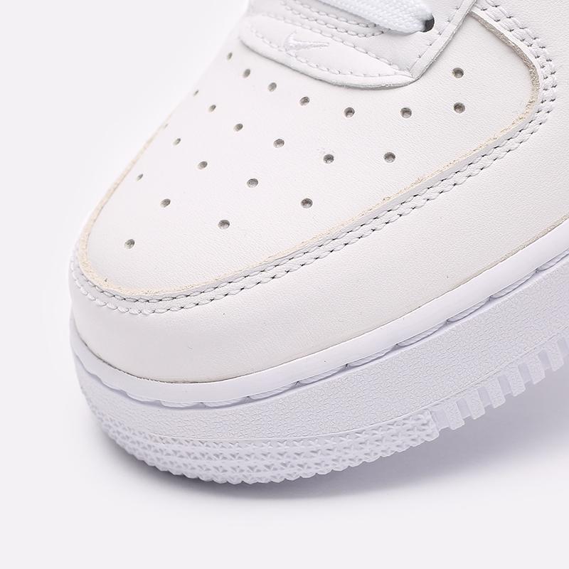 белые  кроссовки nike air force 1 '07 lx CU6312-100 - цена, описание, фото 4