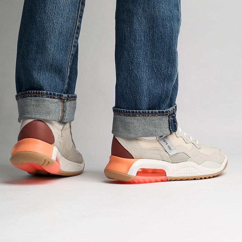 мужские бежевые  кроссовки jordan ma2 sp DA2552-100 - цена, описание, фото 8