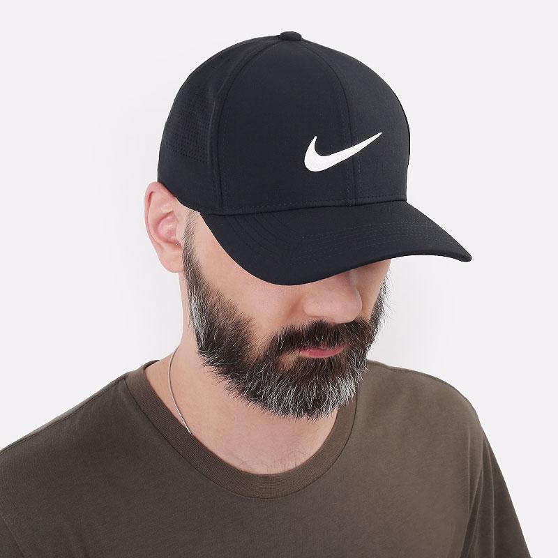 мужскую черную  кепка nike golf aerobill classic99 perforated cap BV1073-010 - цена, описание, фото 1