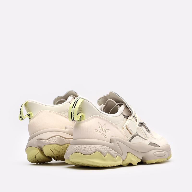 мужские бежевые  кроссовки adidas ozweego flipshield FX6047 - цена, описание, фото 4