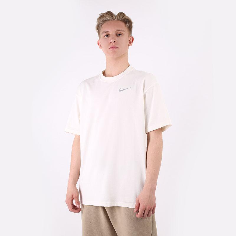 мужскую бежевую  футболка nike basketball t-shirt move 2 zero DD0826-901 - цена, описание, фото 1