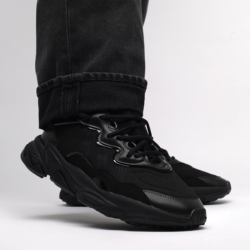 мужские чёрные  кроссовки adidas ozweego FX6028 - цена, описание, фото 8