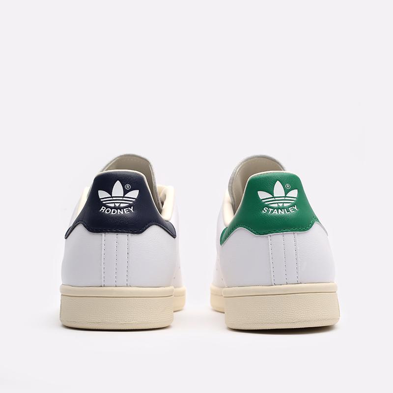 белые  кроссовки adidas stan smith FY1794 - цена, описание, фото 4