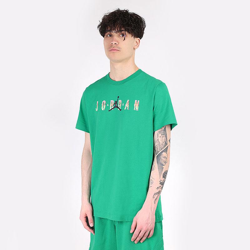 мужскую зеленую  футболка jordan sport dna tee CZ8083-372 - цена, описание, фото 1