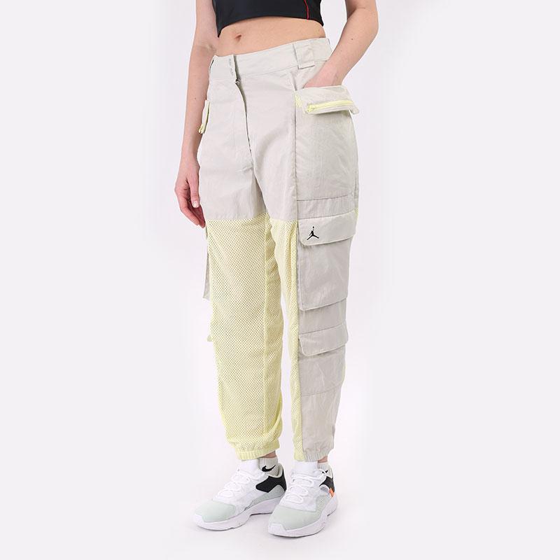 женские бежевые  брюки jordan sportswear heatwave women's utility pant DD0280-072 - цена, описание, фото 1
