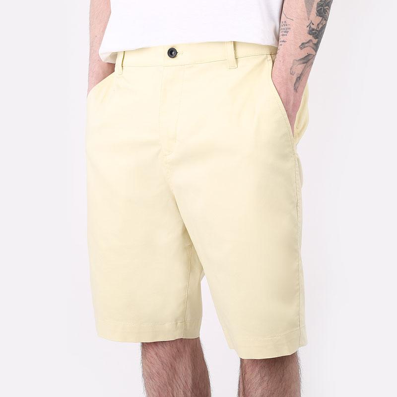 мужские желтые  шорты  nike uv chino short DA4139-723 - цена, описание, фото 1