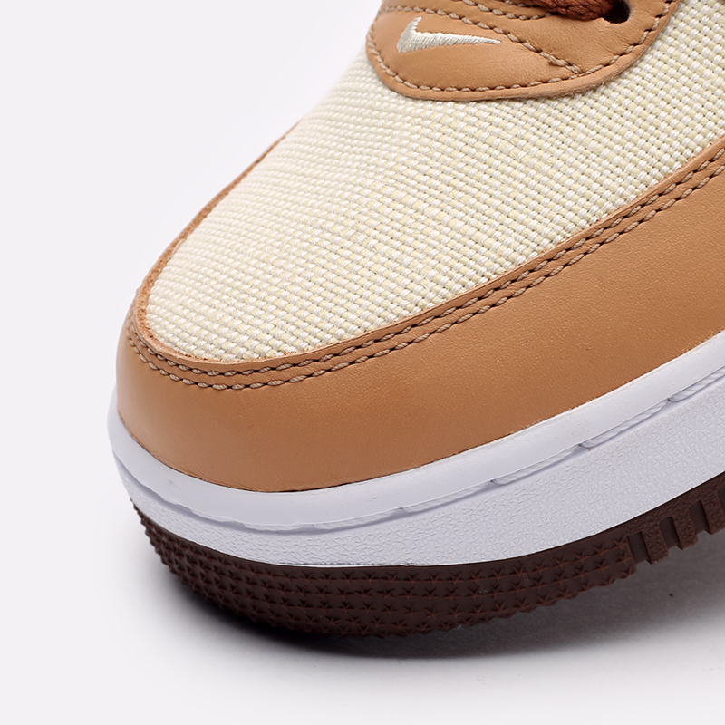 мужские бежевые  кроссовки nike air force 1 qs DJ6395-100 - цена, описание, фото 6