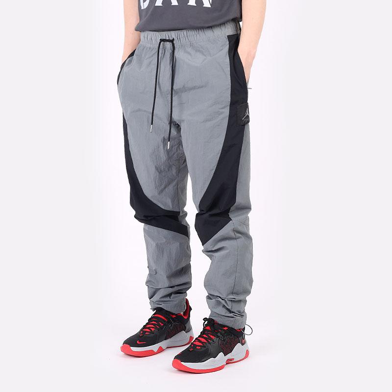 мужские серые  брюки jordan jordan flight suit CV3174-084 - цена, описание, фото 1