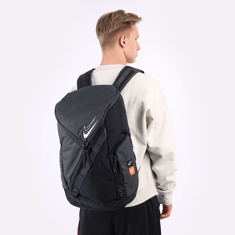 черный  рюкзак nike  kd backpack 31l CU8958-010 - цена, описание, фото 1