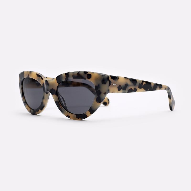 бежевый  солнцезащитные очки carhartt wip amy I028341-blond/black - цена, описание, фото 1