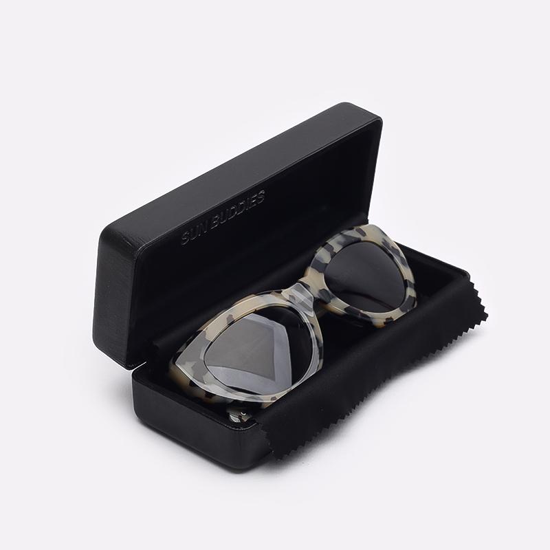 бежевый  солнцезащитные очки carhartt wip amy I028341-blond/black - цена, описание, фото 3