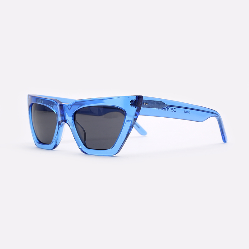 синий  солнцезащитные очки carhartt wip grace I028340-blue/grey - цена, описание, фото 1