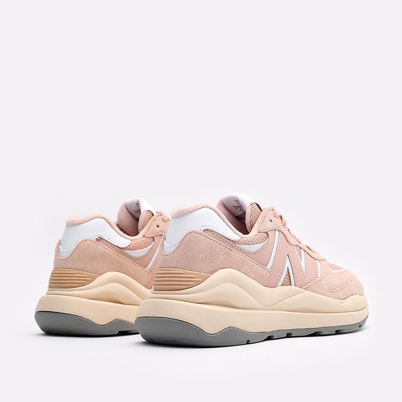 женские розовые  кроссовки new balance 5740 W5740CC/B - цена, описание, фото 3