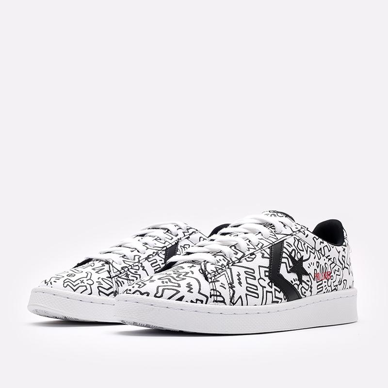 белые кеды Converse Pro Leather OX x Keith Haring 171857 - цена, описание, фото 2