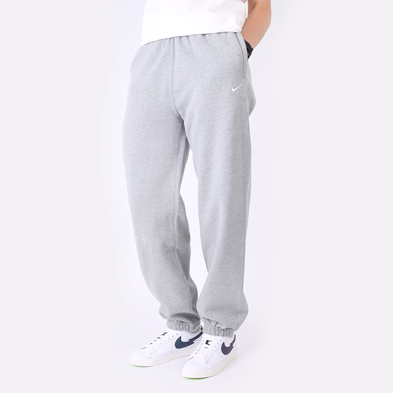 женские серые  брюки nike womens nrg soloswoosh fleece pant CW5565-063 - цена, описание, фото 1