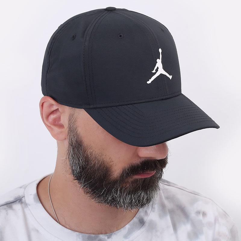 черную  кепка jordan classic99 snapback AV8439-010 - цена, описание, фото 1