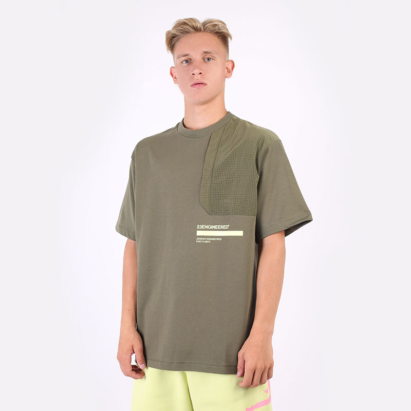 мужскую зеленую  футболка jordan 23 engineered short-sleeve top DM3215-222 - цена, описание, фото 1