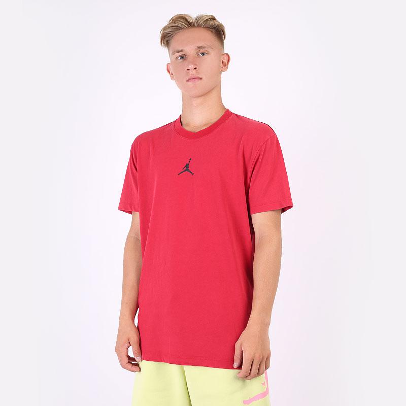 мужскую красную  футболка jordan dri-fit air short-sleeve graphic top DA2694-687 - цена, описание, фото 1