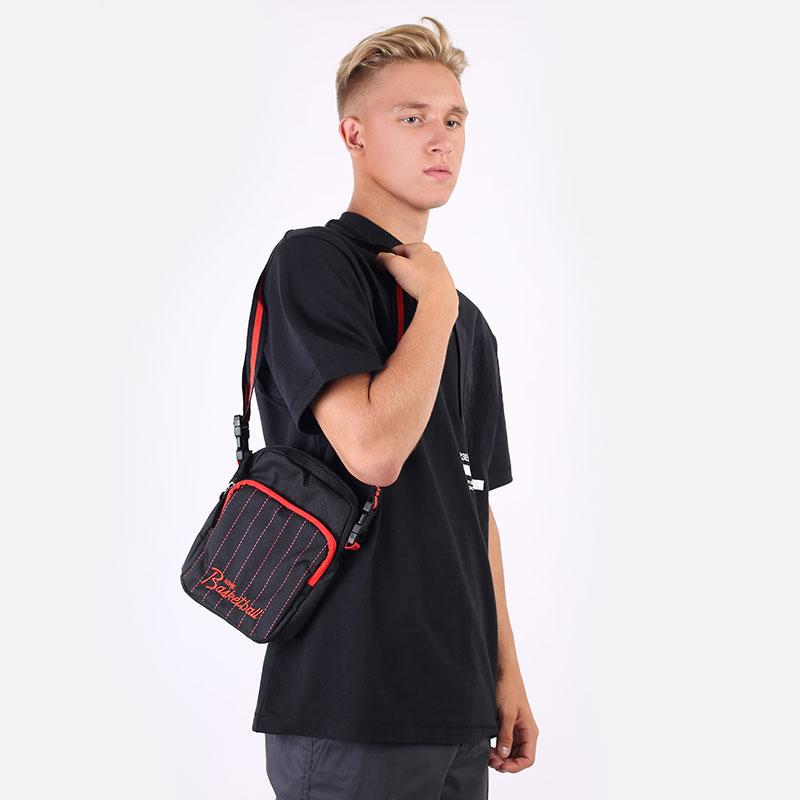 черную  сумка nike heritage crossbody bag DD7234-010 - цена, описание, фото 1