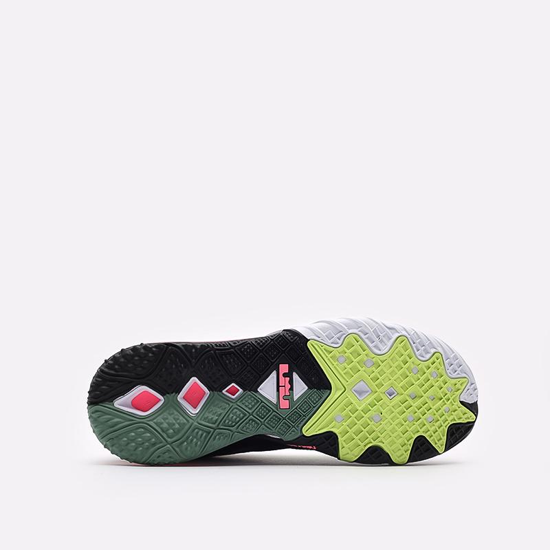 мужские серые  кроссовки nike lebron xviii low CV7562-005 - цена, описание, фото 5