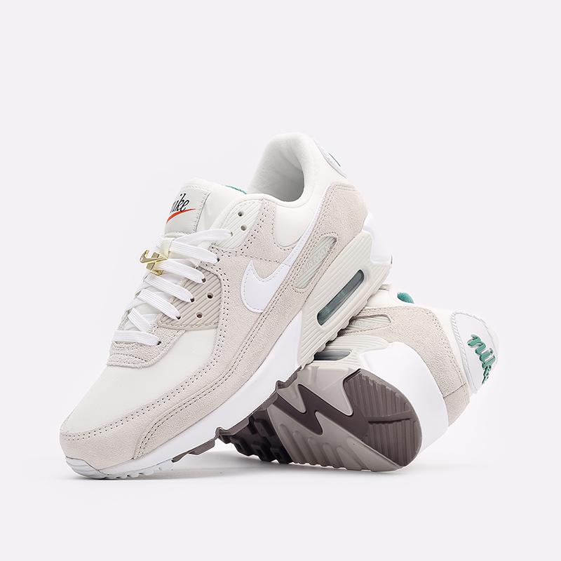мужские бежевые кроссовки Nike Air Max 90 SE DB0636-100 - цена, описание, фото 2